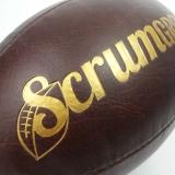 Pilka_retro_rugby_zlote_tloczenie_logo_reklama